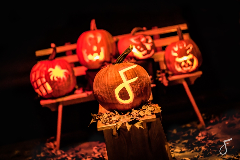 Get Dirty, Get Creative, Carve your Pumpkins!